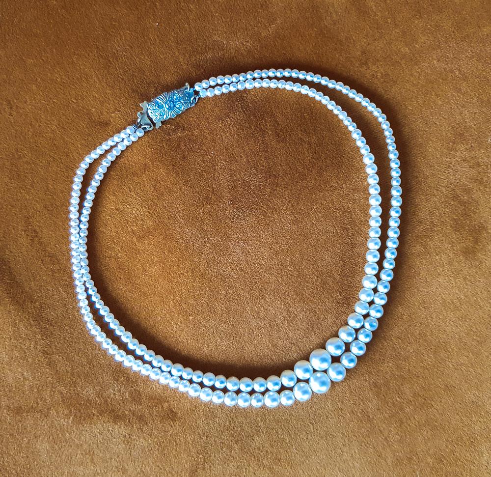 Vintage jewelry Vinted tips